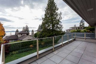 Photo 36: 2566 MARINE Drive in West Vancouver: Dundarave House for sale : MLS®# R2568519