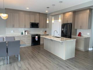 Photo 2: 120 MEADOWLAND Way: Spruce Grove House for sale : MLS®# E4254177