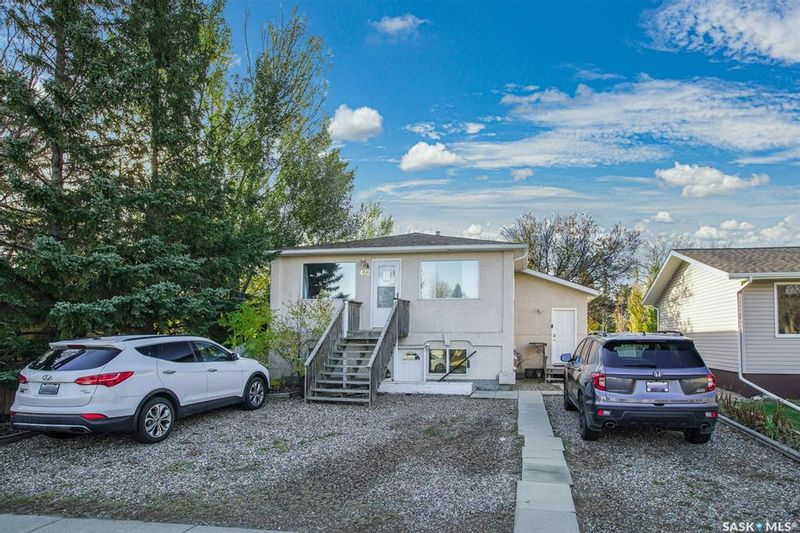 FEATURED LISTING: 422 2nd Street South Martensville
