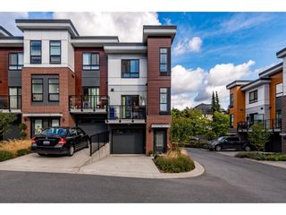 """Photo 3: 13 20087 68 Avenue in Langley: Willoughby Heights Townhouse for sale in """"PARK HILL"""" : MLS®# R2616944"""