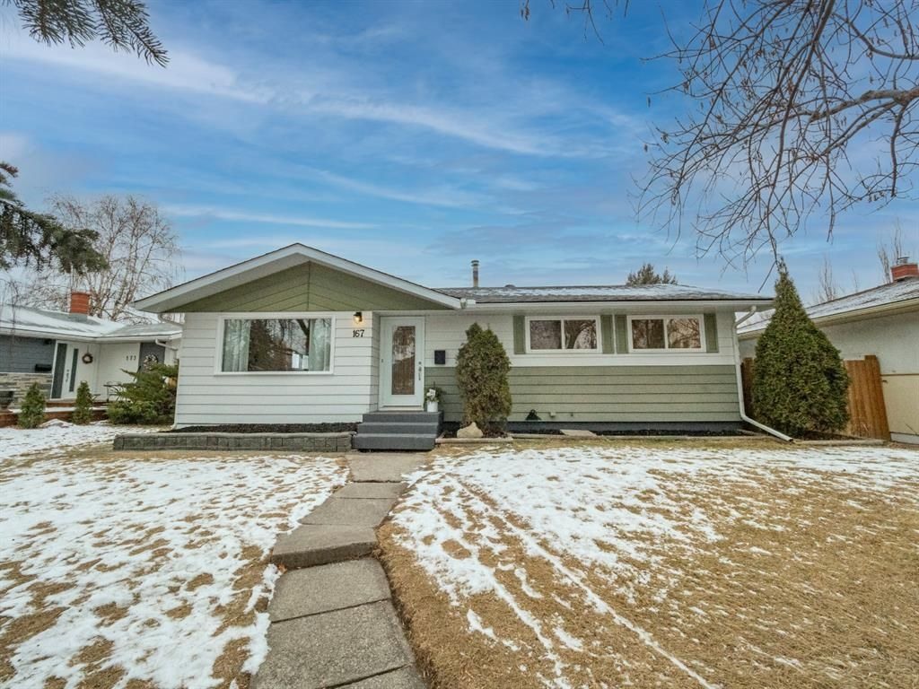 Main Photo: 167 FYFFE Road SE in Calgary: Fairview Detached for sale : MLS®# A1055829