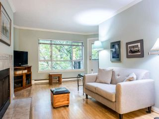 """Photo 5: 215 555 W 14TH Avenue in Vancouver: Fairview VW Condo for sale in """"Cambridge Place"""" (Vancouver West)  : MLS®# R2470013"""
