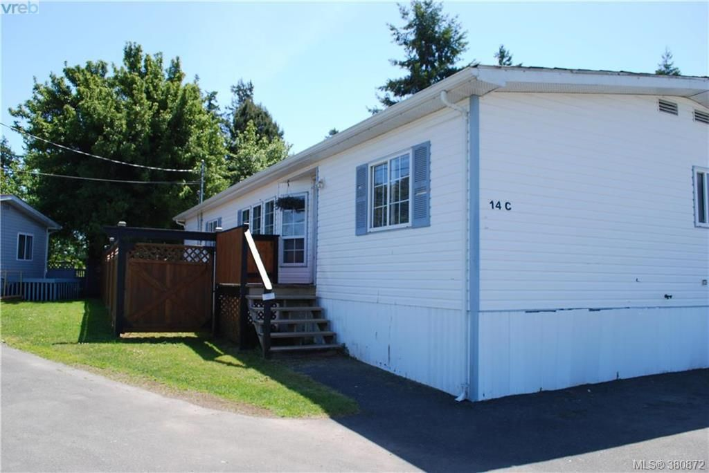 Main Photo: C 14 Chief Robert Sam Lane in VICTORIA: VR Glentana Manufactured Home for sale (View Royal)  : MLS®# 765309