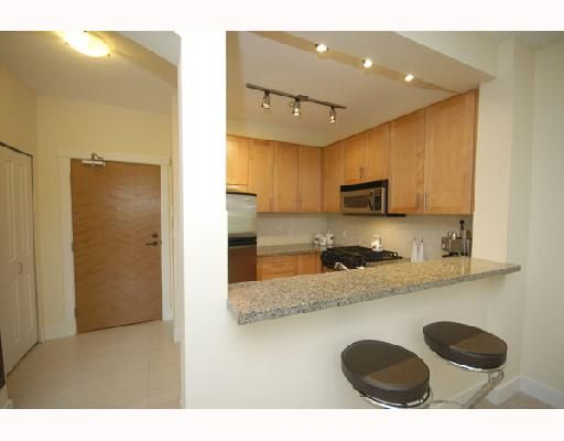 """Photo 6: Photos: 108 4885 VALLEY Drive in Vancouver: Quilchena Condo for sale in """"MACLURE HOUSE"""" (Vancouver West)  : MLS®# V698449"""