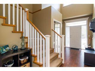 "Photo 2: 16757 61 Avenue in Surrey: Cloverdale BC House for sale in ""Clover Ridge Estates"" (Cloverdale)  : MLS®# R2151622"