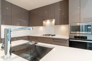 """Photo 8: 202 5289 CAMBIE Street in Vancouver: Cambie Condo for sale in """"CONTESSA"""" (Vancouver West)  : MLS®# R2534945"""