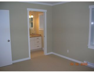 """Photo 7: 1240 PINEWOOD in North_Vancouver: Norgate House for sale in """"NORGATE"""" (North Vancouver)  : MLS®# V685848"""