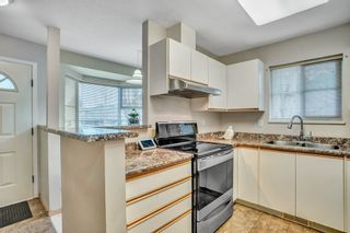 """Photo 4: 43 9088 HOLT Road in Surrey: Queen Mary Park Surrey Townhouse for sale in """"Ashley Grove"""" : MLS®# R2530812"""