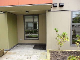 Photo 2: 101 12075 228 Street in Maple Ridge: East Central Condo for sale : MLS®# R2028794
