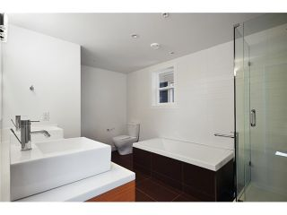 """Photo 7: 1560 COMOX Street in Vancouver: West End VW Townhouse for sale in """"C & C"""" (Vancouver West)  : MLS®# V931031"""