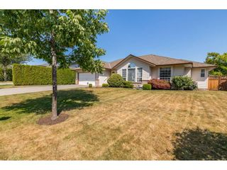 Photo 2: 5928 188 Street in Surrey: Cloverdale BC House for sale (Cloverdale)  : MLS®# R2456450