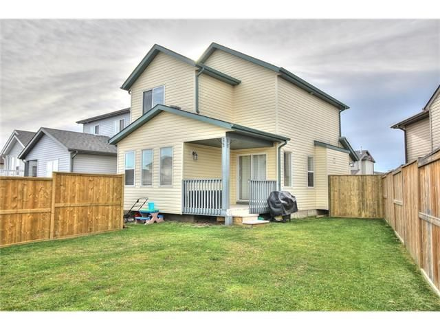 Photo 27: Photos: 304 EVERSYDE Circle SW in Calgary: Evergreen House for sale : MLS®# C4035934