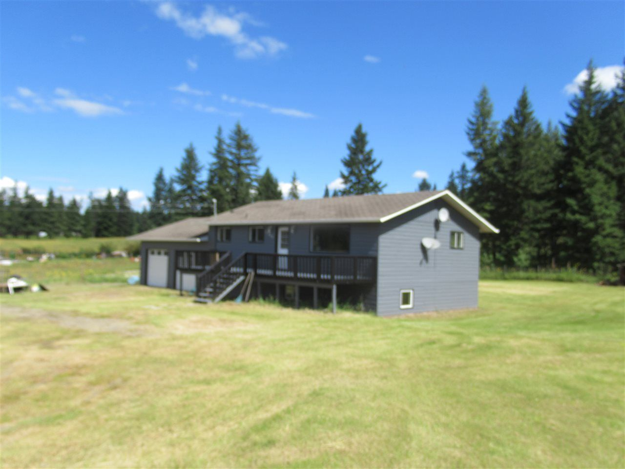 Photo 2: Photos: 3257 HINSCHE Road in Williams Lake: Williams Lake - Rural East House for sale (Williams Lake (Zone 27))  : MLS®# R2477340