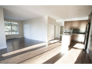 """Photo 5: 404 3294 MT SEYMOUR Parkway in North Vancouver: Northlands Condo for sale in """"NORTHLANDS TERRACE"""" : MLS®# V1037815"""
