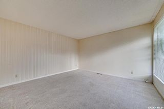 Photo 4: 6 Spinks Drive in Saskatoon: West College Park Residential for sale : MLS®# SK869610