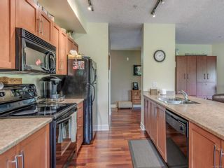 Photo 10: 109 1156 Colville Rd in : Es Gorge Vale Condo for sale (Esquimalt)  : MLS®# 851602