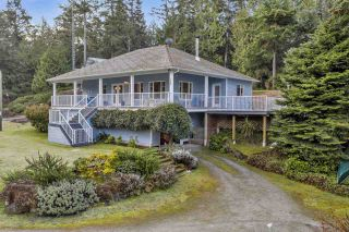Photo 1: 512 BAYVIEW Drive: Mayne Island House for sale (Islands-Van. & Gulf)  : MLS®# R2541178