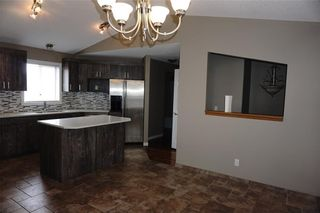 Photo 8: 71 APPLEMEAD Close SE in Calgary: Applewood Park House for sale : MLS®# C4109601