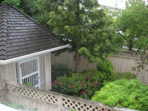 """Photo 2: Photos: 209 5375 VICTORY ST in Burnaby: Metrotown Condo for sale in """"THE COURTYARD"""" (Burnaby South)  : MLS®# V593046"""