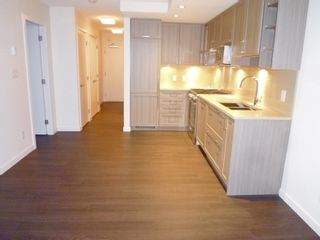 """Photo 12: 1803 5665 BOUNDARY Road in Vancouver: Collingwood VE Condo for sale in """"Wall Centre"""" (Vancouver East)  : MLS®# R2625088"""
