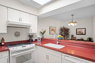 """Photo 15: 406 1125 GILFORD Street in Vancouver: West End VW Condo for sale in """"Gilford Court"""" (Vancouver West)  : MLS®# R2577212"""