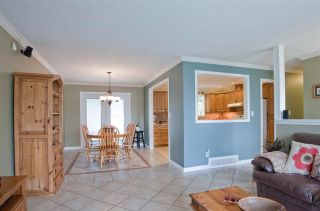 Photo 2: 2461 ALADDIN Crescent in Abbotsford: Abbotsford East House for sale : MLS®# R2003687