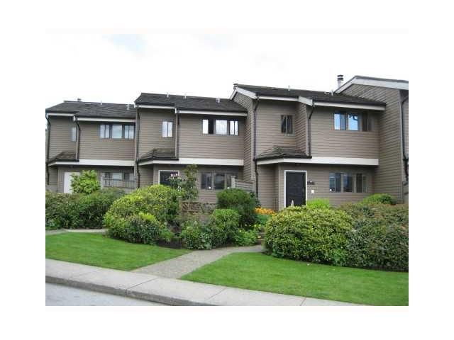 """Main Photo: 4 251 W 14TH Street in North Vancouver: Central Lonsdale Townhouse for sale in """"THE TIMBERS"""" : MLS®# V877713"""