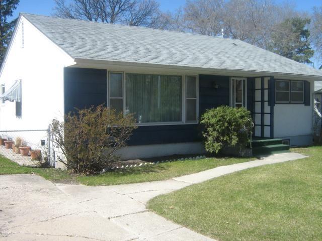 Main Photo: 149 Garrioch Avenue in WINNIPEG: St James Residential for sale (West Winnipeg)  : MLS®# 1209091