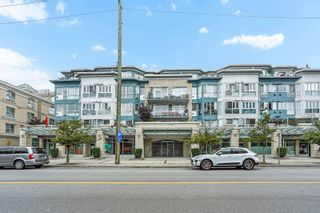 """Main Photo: 202 122 E 3RD Street in North Vancouver: Lower Lonsdale Condo for sale in """"THE SAUSALITO"""" : MLS®# R2627892"""