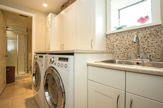 Photo 16: 682 WILMOT Street in Coquitlam: Central Coquitlam House for sale : MLS®# R2062598