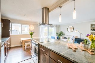 """Photo 9: 921 OLD LILLOOET Road in North Vancouver: Lynnmour Townhouse for sale in """"LYNNMOUR VILLAGE"""" : MLS®# R2353378"""