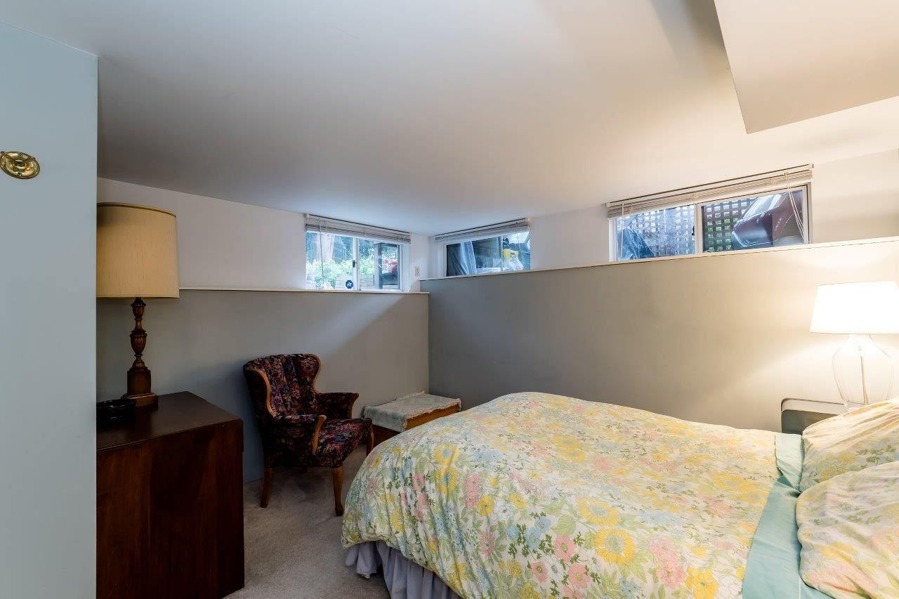 Photo 14: Photos: 3322 WAYNE Drive in North Vancouver: Delbrook House for sale : MLS®# R2045446