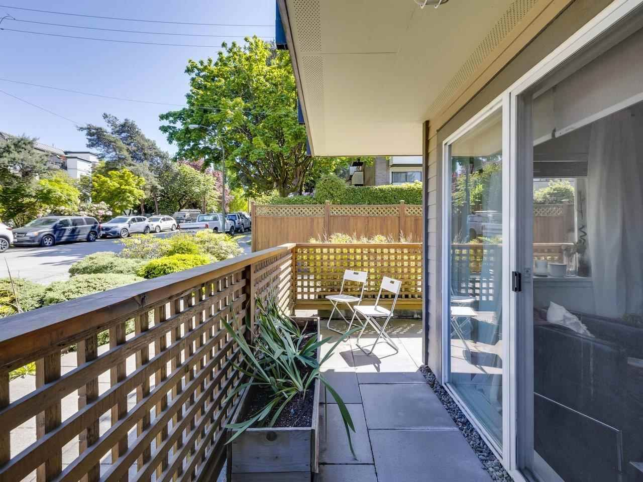 """Main Photo: 4 2223 PRINCE EDWARD Street in Vancouver: Mount Pleasant VE Condo for sale in """"Valko Gardens"""" (Vancouver East)  : MLS®# R2581429"""