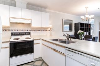 Photo 3: 401 1219 JOHNSON Street in Coquitlam: Canyon Springs Condo for sale : MLS®# R2331496
