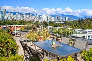 "Photo 1: 4 1063 W 7TH Avenue in Vancouver: Fairview VW Townhouse for sale in ""MARINA TERRACE"" (Vancouver West)  : MLS®# R2302343"