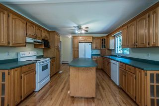 Photo 4: 111 Aylward Road in Falmouth: 403-Hants County Residential for sale (Annapolis Valley)  : MLS®# 202125408