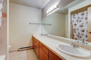 "Photo 16: 3475 WEYMOOR Place in Vancouver: Champlain Heights Townhouse for sale in ""MOORPARK"" (Vancouver East)  : MLS®# R2221889"