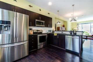 "Photo 7: 25 15405 31 Avenue in Surrey: Morgan Creek Townhouse for sale in ""NUVO II"" (South Surrey White Rock)  : MLS®# R2467188"