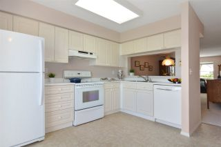 """Photo 9: 38 13706 74 Avenue in Surrey: East Newton Townhouse for sale in """"Ashlea Gate"""" : MLS®# R2094786"""