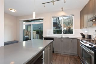 """Photo 6: 38343 SUMMIT'S VIEW Drive in Squamish: Downtown SQ Townhouse for sale in """"NATURE'S GATE EAGLEWIND"""" : MLS®# R2327010"""