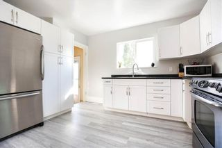 Photo 6: 1079 Downing Street in Winnipeg: Sargent Park Residential for sale (5C)  : MLS®# 202124933