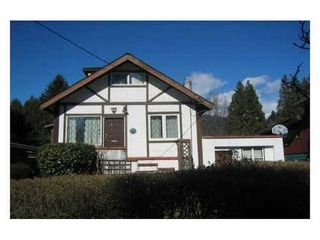 Photo 1: 838 20TH Street W in North Vancouver: Home for sale : MLS®# V936683