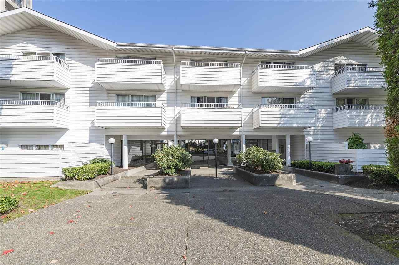 """Main Photo: 209 707 EIGHTH Street in New Westminster: Uptown NW Condo for sale in """"THE DIPLOMAT"""" : MLS®# R2522949"""