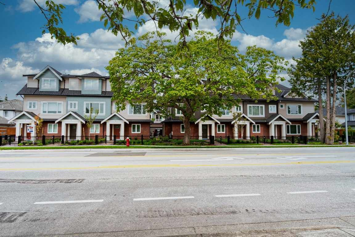 """Photo 3: Photos: 11 6551 WILLIAMS Road in Richmond: Woodwards Townhouse for sale in """"NOOR GARDENS"""" : MLS®# R2486835"""