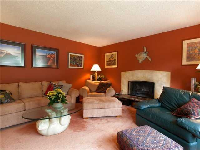 Photo 2: Photos: 811 E KINGS ROAD in North Vancouver: Princess Park House for sale : MLS®# V968826