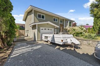 Photo 3: 21175 122 Avenue in Maple Ridge: Northwest Maple Ridge House for sale : MLS®# R2602018