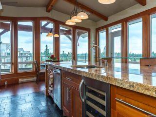 Photo 5: 541 3666 Royal Vista Way in COURTENAY: CV Crown Isle Condo for sale (Comox Valley)  : MLS®# 781105