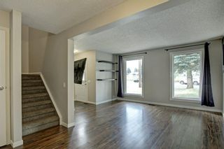 Photo 9: 92 Erin Croft Crescent SE in Calgary: Erin Woods Detached for sale : MLS®# A1136263