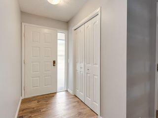 Photo 2: 7 10401 19 Street SW in Calgary: Braeside Row/Townhouse for sale : MLS®# A1106437