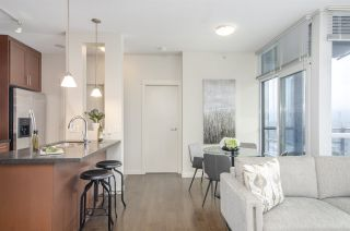"""Photo 7: 3102 1189 MELVILLE Street in Vancouver: Coal Harbour Condo for sale in """"THE MELVILLE"""" (Vancouver West)  : MLS®# R2457836"""